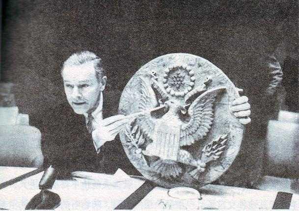 苏联解体前将窃听器分布图交给美国大使,回应伤心普京至今难忘